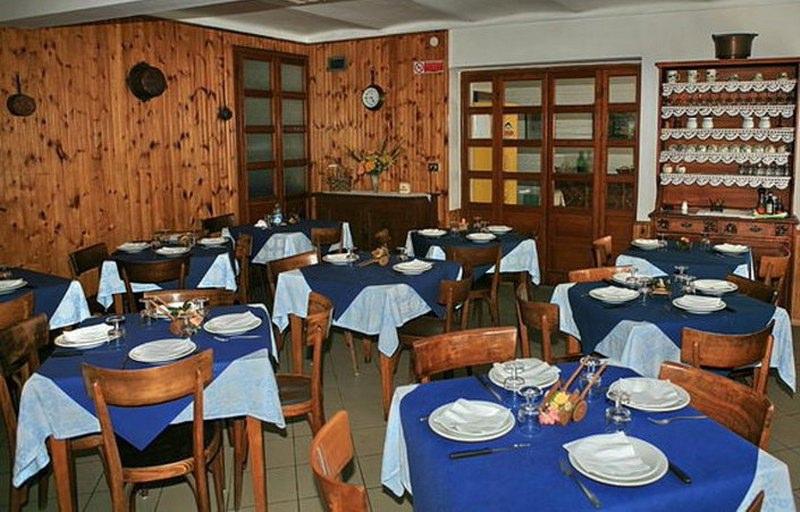 sala pranzo_800x533_800x512